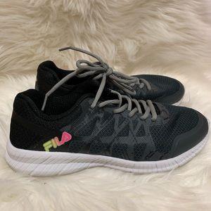 Comfy FILA Sneakers Sz 7.5